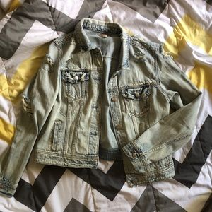 AE Distressed Jean jacket! 😍😍
